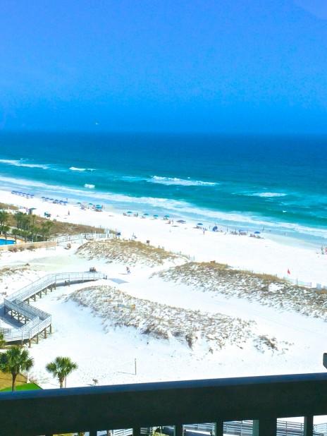 Pelican Beach Resort 1218